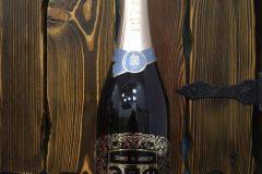 premium_podarok_shampanskoe_s_metallicheskim_shildom